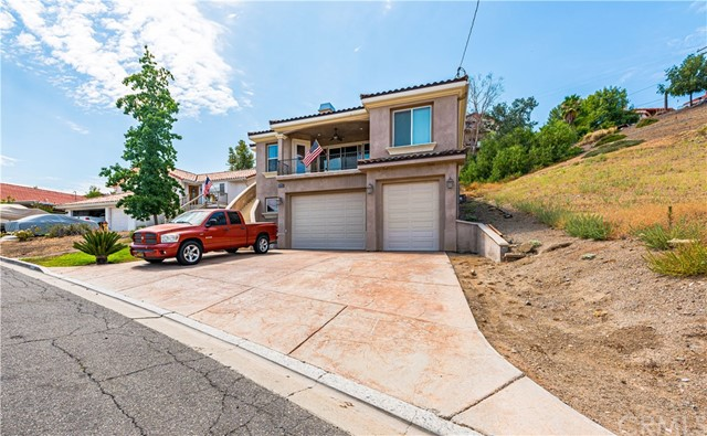 22663 Buttercup Place, Canyon Lake, CA 92587