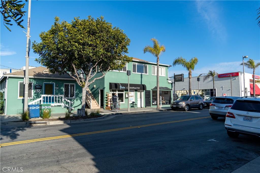 Photo of 1216 Highland Avenue, Manhattan Beach, CA 90266