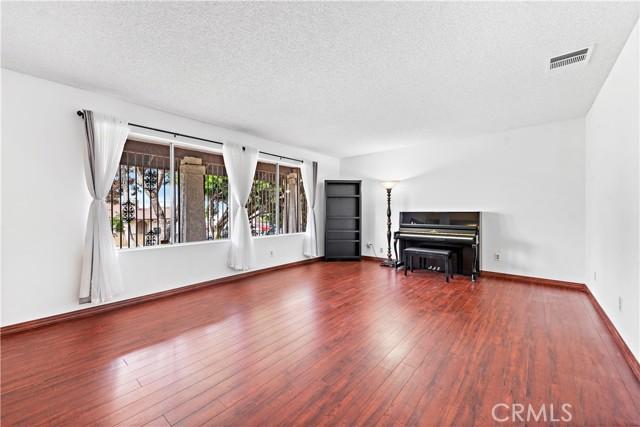 10. 262 W 59th Street San Bernardino, CA 92407