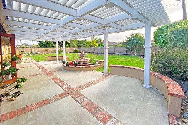 2. 18549 Lime Circle Fountain Valley, CA 92708