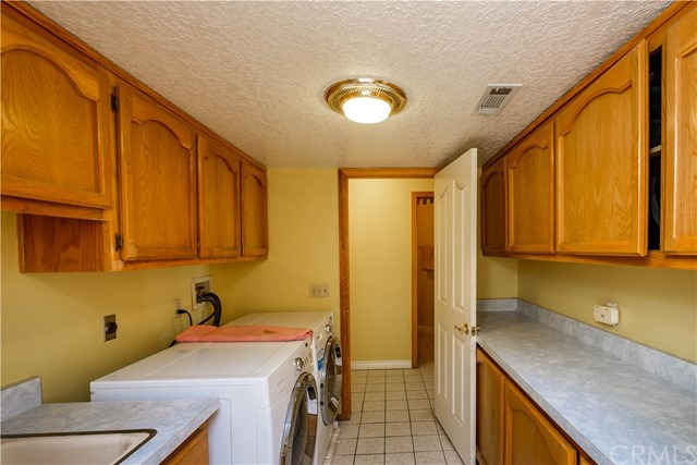 9063 Joshua Rd, Oak Hills, CA 92344 Photo 30