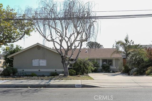 1598 Longbranch Avenue, Grover Beach CA: https://media.crmls.org/medias/f1bcab35-37f0-4528-b82a-c4d4f2f612e1.jpg
