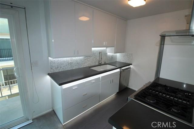 1600 Ardmore Avenue 334, Hermosa Beach, California 90254, 1 Bedroom Bedrooms, ,1 BathroomBathrooms,For Rent,Ardmore,SB21059212