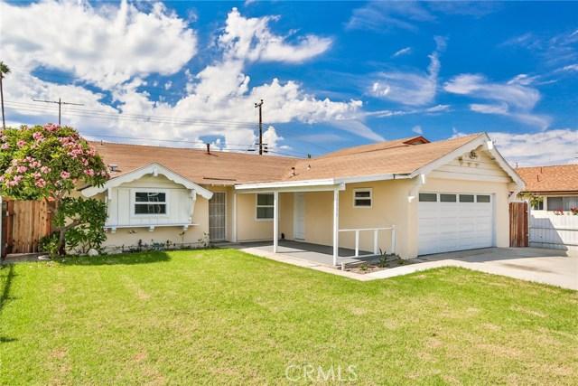 17111 Kampen Lane, Huntington Beach, CA 92647