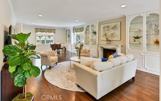 7. 566 W 11th Street Claremont, CA 91711