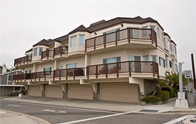 16841 Broadway, Sunset Beach, CA 90742