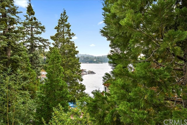 450 State Hwy 173, Lake Arrowhead, CA 92352