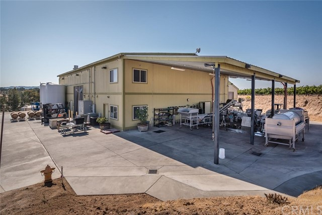 2550 Dry Creek Road, Paso Robles, CA 93446