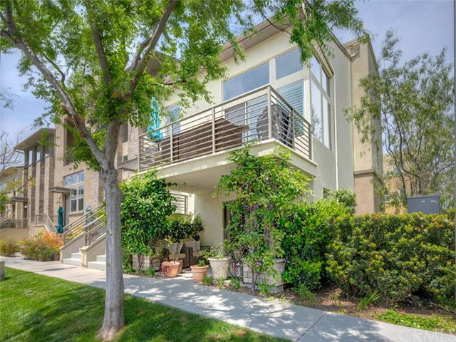 5537 Strand, Hawthorne, California 90250, 3 Bedrooms Bedrooms, ,3 BathroomsBathrooms,Townhouse,For Sale,Strand,SB19142232