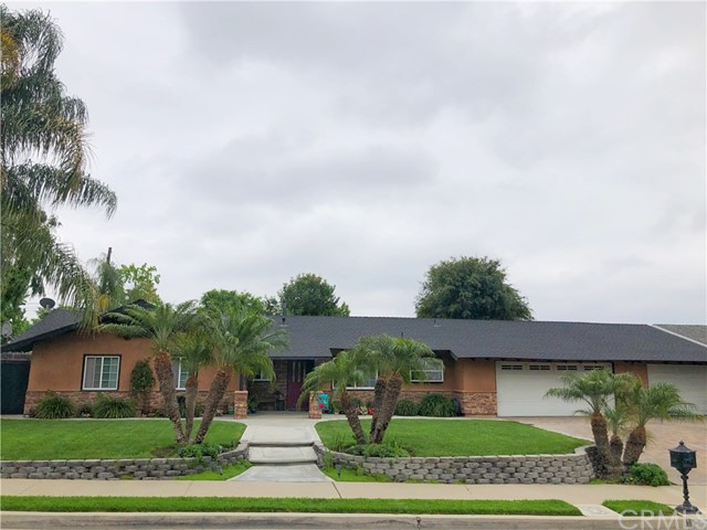 2106 E Denise Avenue, Orange, CA 92867