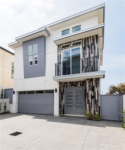 313 Lucia Avenue B- Redondo Beach- California 90277, 4 Bedrooms Bedrooms, ,4 BathroomsBathrooms,For Sale,Lucia,PV18073113