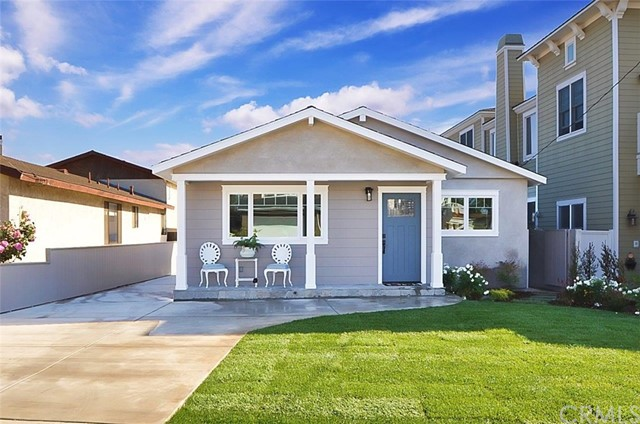1026 Avenue D, Redondo Beach, California 90277, ,For Sale,Avenue D,PV18007736