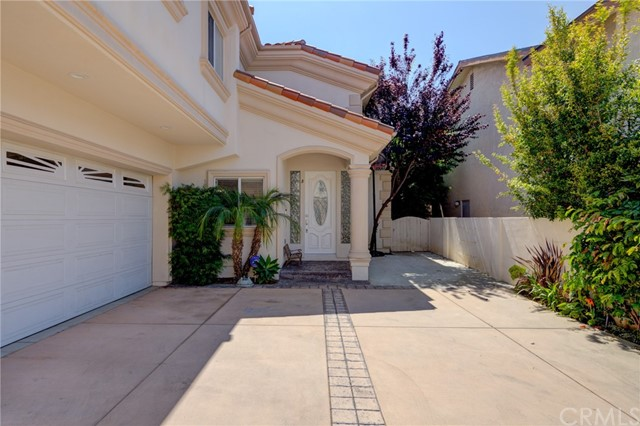 2220 Gates Avenue B, Redondo Beach, CA 90278