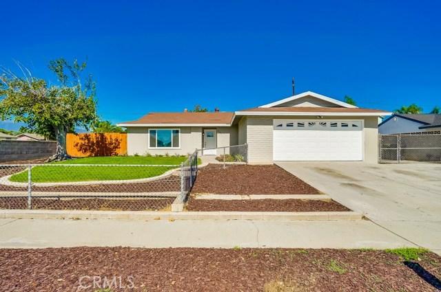686 W El Molino Street, Bloomington, CA 92316