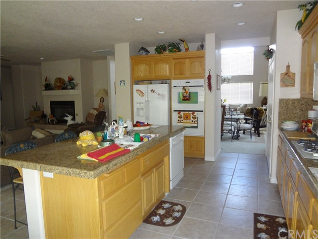 18066 MARINER DRIVE, VICTORVILLE, CA 92395  Photo
