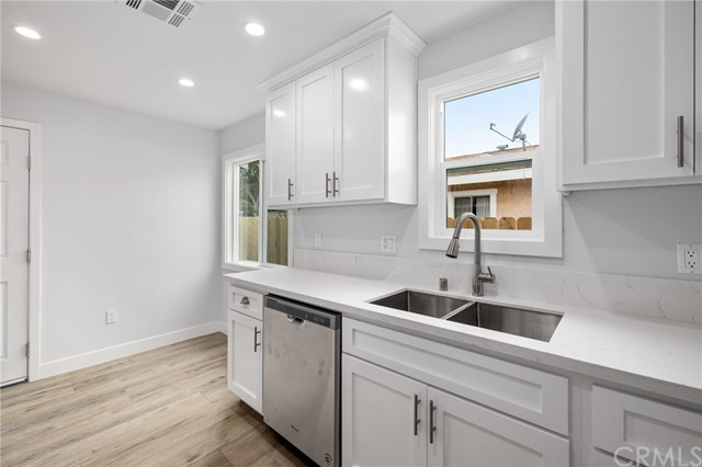 Image 4 of 4561 W 162nd St, Lawndale, CA 90260