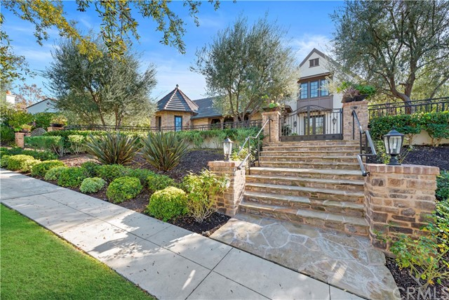16 Kelly Lane, Ladera Ranch, CA 92694