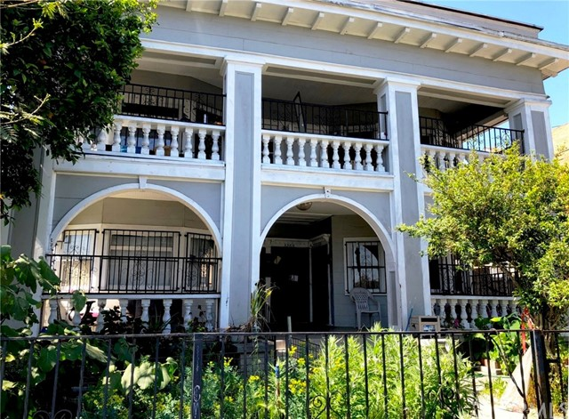 326 35th, Los Angeles, California 90011, ,Residential Income,For Sale,35th,PV19096816