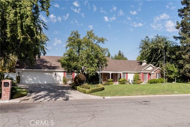 2210 W Spruce Avenue, Fresno, CA 93711