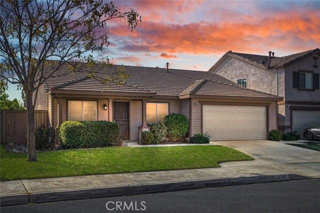 29065 Oak Creek Ln, Highland, CA 92346