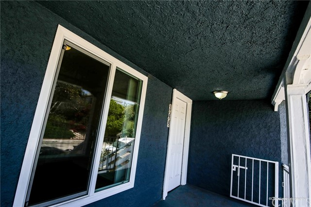 346 Laveta Terrace, Los Angeles, CA 90026 Photo 9