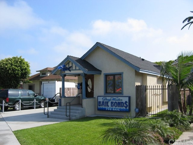 306 N Pacific Coast Highway, Redondo Beach, CA 90277