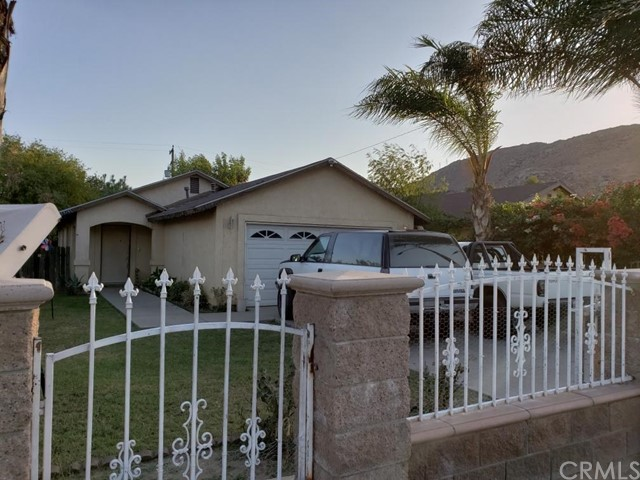 18761 6th Street, Bloomington, CA 92316