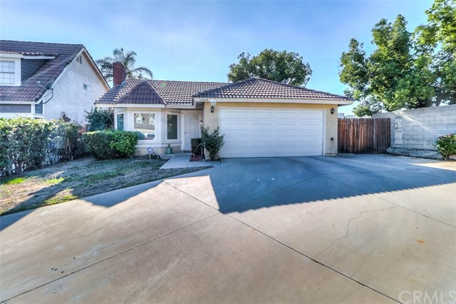 11304 Springoak Lane, Fontana, CA 92337