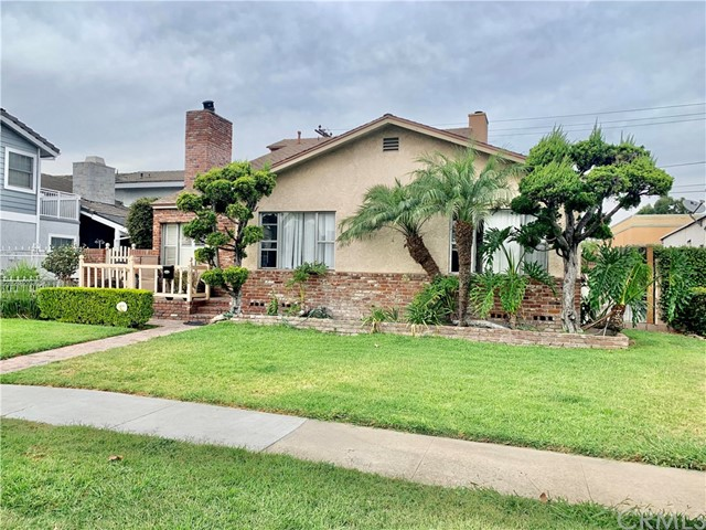 5672 Pepperwood Avenue, Lakewood, CA 90712