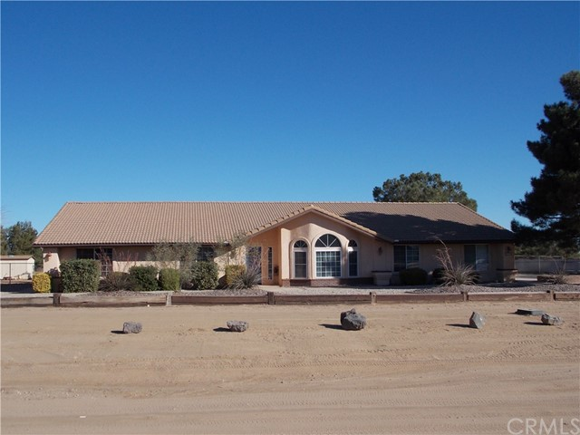 13810 Farmington St, Oak Hills, CA 92344 Photo 0