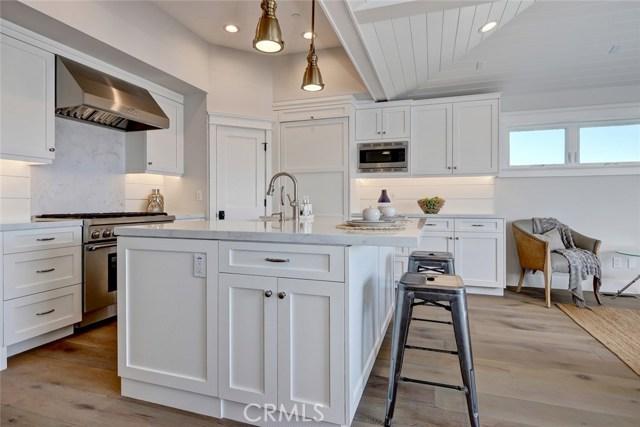 704 Loma Drive, Hermosa Beach, CA 90254