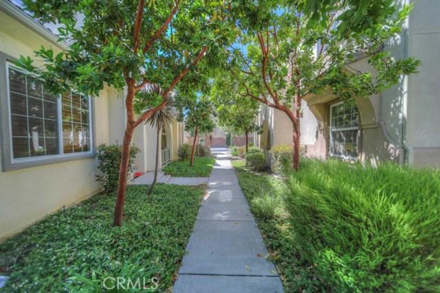 31150 Strawberry Tree Ln, Temecula, CA 92592 Photo 2