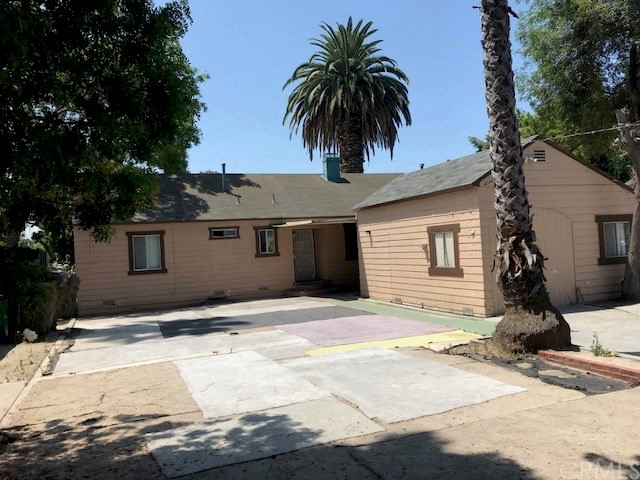 Image 2 of 4006 W Hazard Ave, Santa Ana, CA 92703