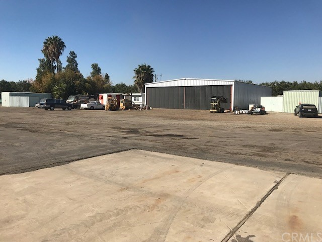 3240 S Arboleda Drive, Merced, CA 95341