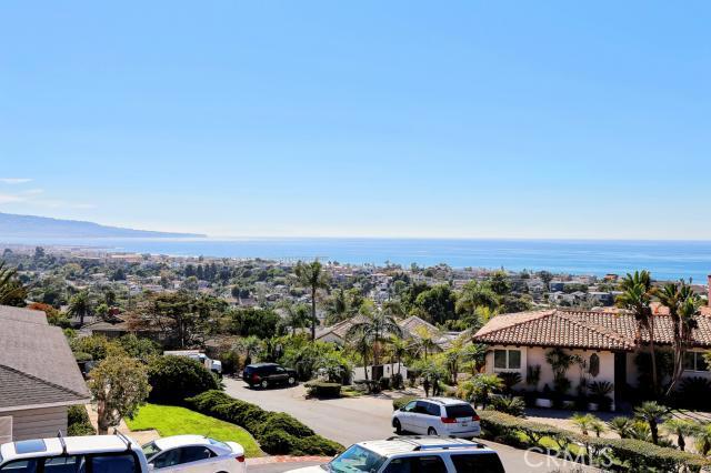 2906 Tennyson Place, Hermosa Beach, California 90254, 3 Bedrooms Bedrooms, ,2 BathroomsBathrooms,For Sale,Tennyson,SB12129487