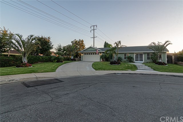 2550 S Holmes Place, Ontario, CA 91761