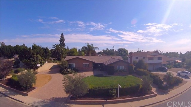 2346 SILVER TREE Road W, Claremont, CA 91711