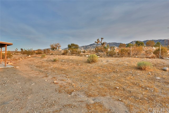 32755 Spinel Rd, Lucerne Valley, CA 92356 Photo 28