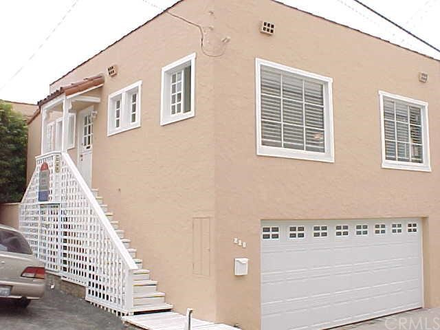 228 11th Place, Manhattan Beach, California 90266, 2 Bedrooms Bedrooms, ,2 BathroomsBathrooms,For Sale,11th,S906618