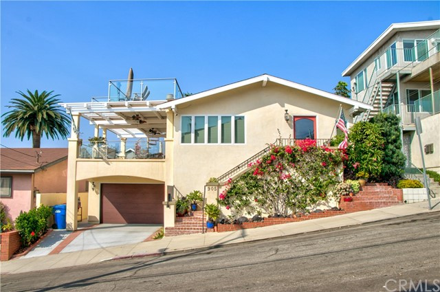 905 14th Street, Hermosa Beach, California 90254, 3 Bedrooms Bedrooms, ,3 BathroomsBathrooms,For Sale,14th,SB20226581