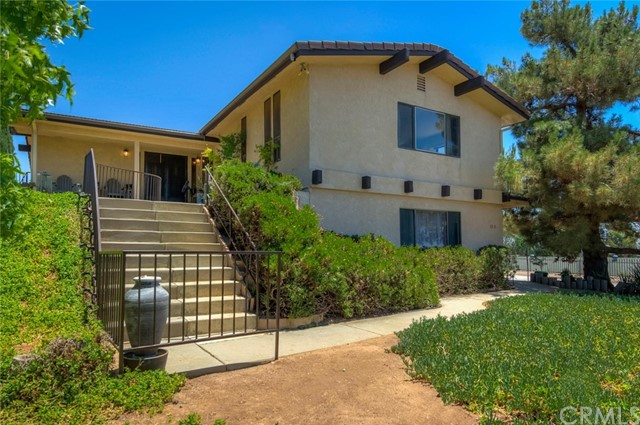 9370 Lofty Lane, Cherry Valley, CA 92223