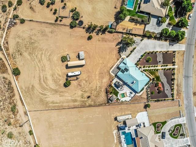 9883 Bellflower St, Oak Hills, CA 92344 Photo 45
