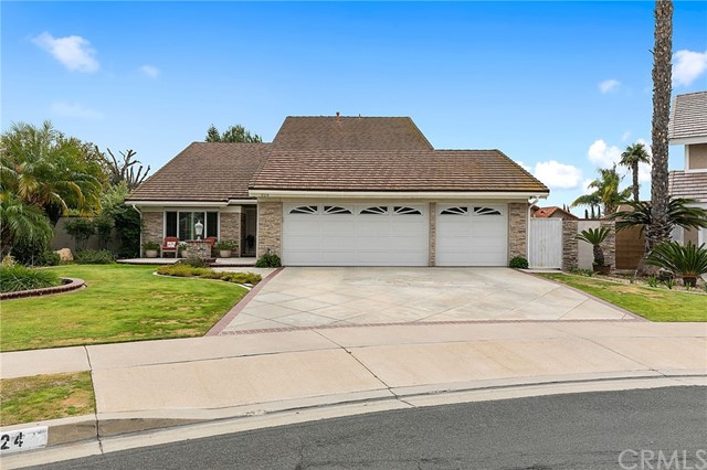 Photo of 324 Berkshire Way, Placentia, CA 92870