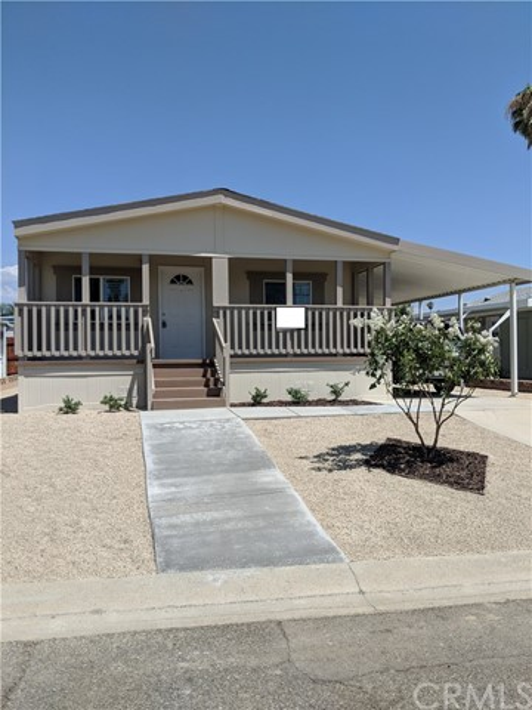 290 San Carlos Drive, Hemet, CA 92543