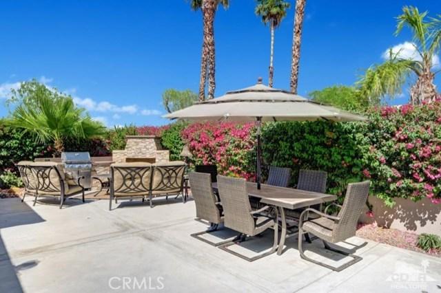 440 Desert Holly Drive, Palm Desert, CA 92211