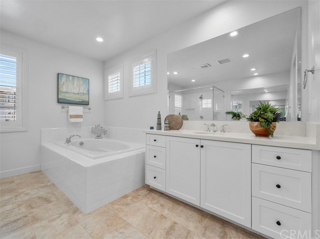 19. 58 Big Bend Way Lake Forest, CA 92630