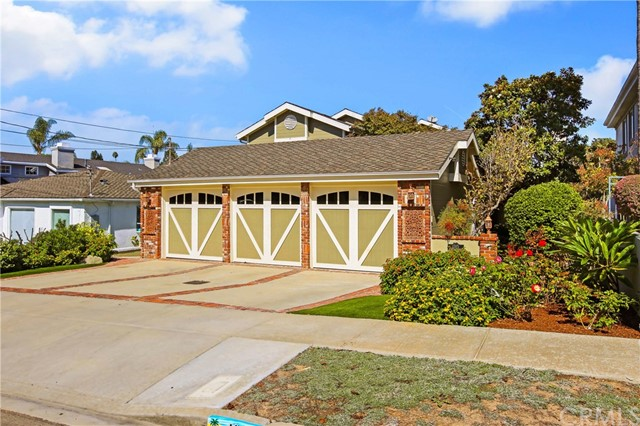 1315 8th Street, Manhattan Beach, California 90266, 4 Bedrooms Bedrooms, ,3 BathroomsBathrooms,For Sale,8th,SB20213674