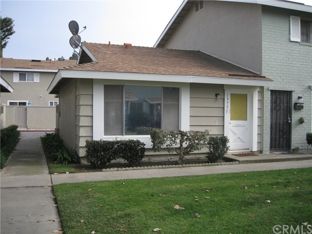 Photo of 19771 Inverness Lane, Huntington Beach, CA 92646