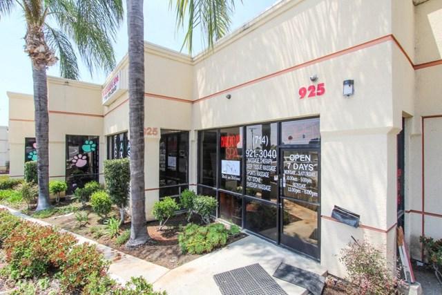 925 E Lincoln Avenue B, Orange, CA 92865