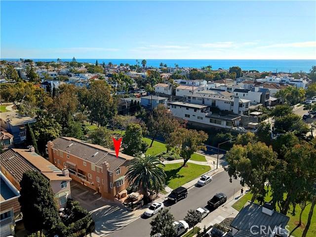 400 Iris Avenue, Corona del Mar, CA 92625